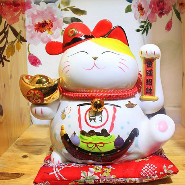 Cách bài trí mèo Thần Tài cho nơi làm việc thêm vượng tài lộc