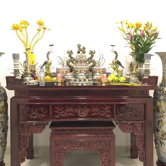 việc lau dọn bàn thờ trước và sau ngày cúng ông Công ông Táo